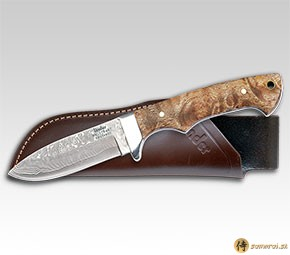 Hunting knife with Damascus steel blade